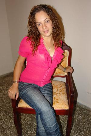 Chiffre Nr. 0330 - Mary Luz O. ist 27 Jahre