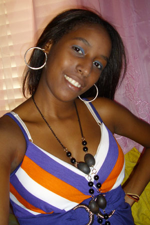 Chiffre Nr. 0419 - Rosalina P. ist 20 Jahre