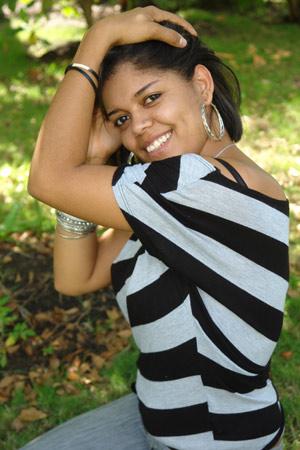 Chiffre Nr. 0519 - Dilenia T. ist 27 Jahre