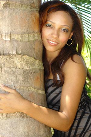 Chiffre Nr. 0538 - Denise L. ist 24 Jahre
